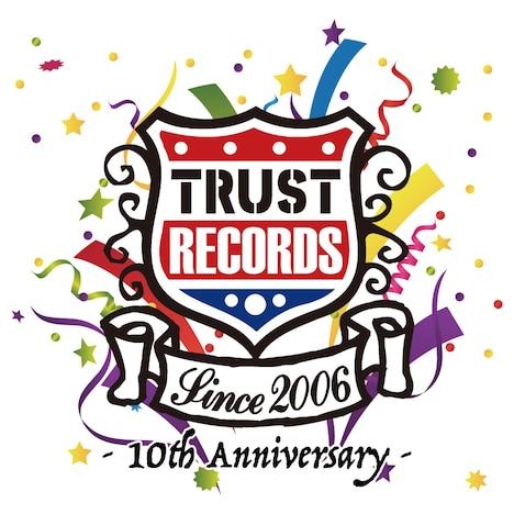 TRUST RECORDS 10th Anniversary ロゴ