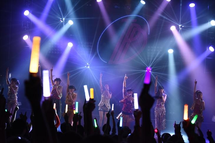 「東京パフォーマンスドール@CBGK!! ~ダンスサミット ネイキッド 2015冬-2016新春~ 第4クール」ファイナル公演の様子。