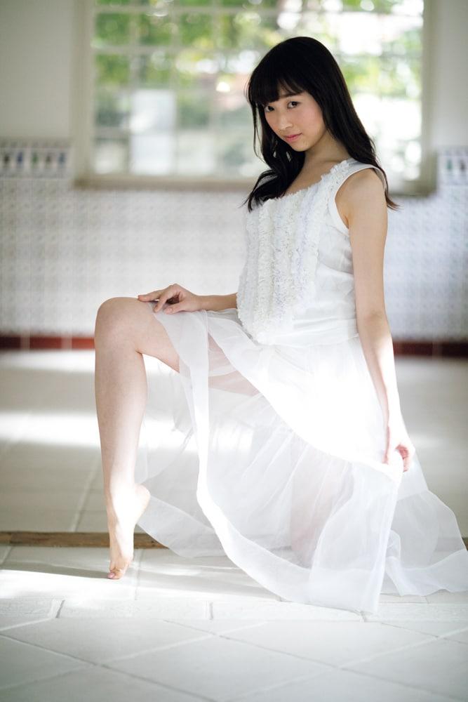 佐藤詩織(欅坂46) (c)小学館・週刊ビッグコミックスピリッツ