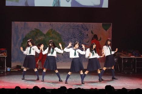 欅坂46ダンス部(写真提供:Sony Music Records)