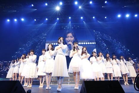 「AKB48単独リクエストアワー セットリストベスト100 2016」1月18日の公演の様子。(c)AKS