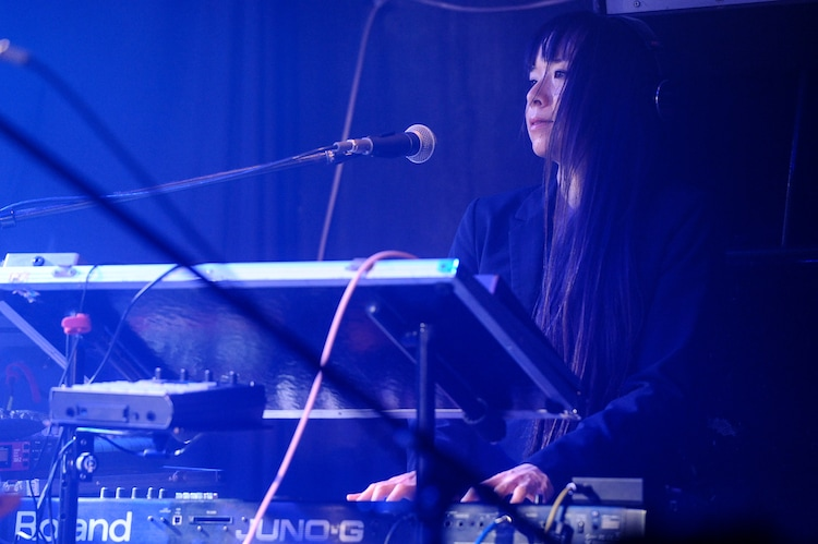 Kanako(Syn / The Flickersサポート)(Photo by MASANORI FUJIKAWA)