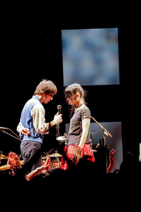左からマーヤLOVE、リンダdada。(Photo by YURI)
