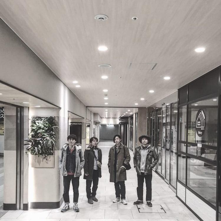 キンモクセイメンバーの伊藤俊吾、後藤秀人、張替智広、佐々木良(左から)。