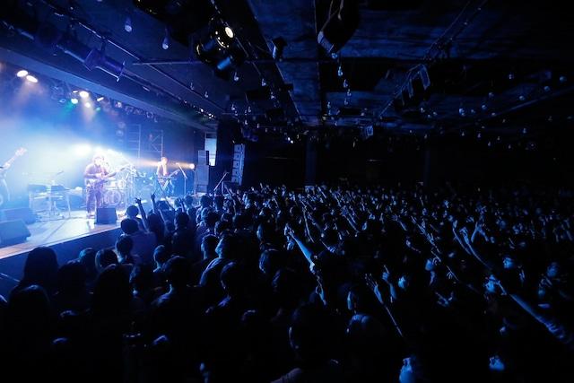 "Galileo Galilei「""Sea and The Darkness"" Last Tour 2016」東京・LIQUIDROOM公演の様子。(Photo by Shinsuke Irihi)"