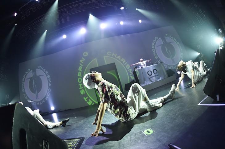 Charisma.com「愛泥Cリリースツアー『FATです。PIGです。フィットネスツアー』」東京・TSUTAYA O-EAST公演の様子。(Photo by Megumi Suzuki)