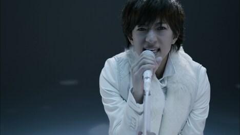 TETSUYA「Make a Wish」ミュージックビデオのワンシーン。