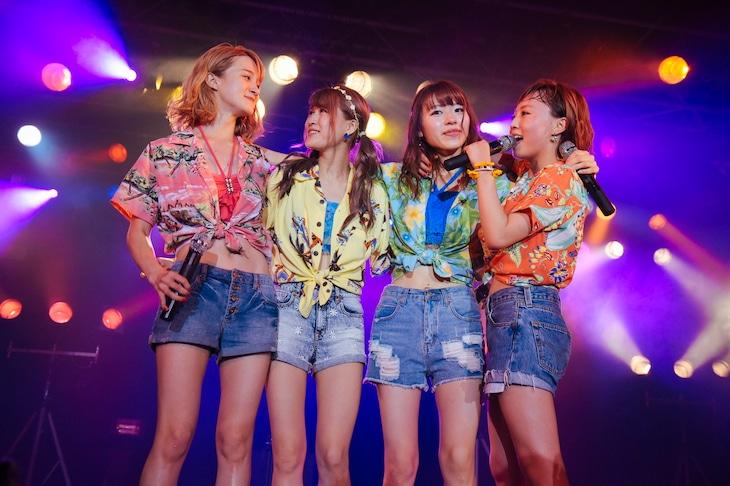 「チャオ ベッラ チンクエッティ!!!! 10周年記念ライブ!!!!」の様子。(提供:アップフロントクリエイト)