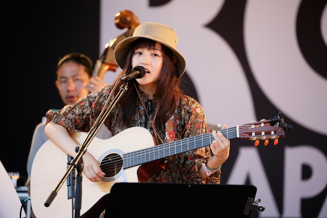 藤原さくら(写真提供:rockin'on japan)