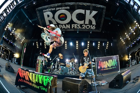 WANIMA(写真提供:rockin'on japan)