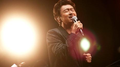 「偉大なる歌謡曲に感謝 ~東京の唄~」のワンシーン。