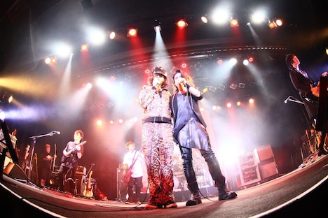 「PARTY ZOO ~Ken Entwines Naughty stars~」愛知・DIAMOND HALL公演の様子。