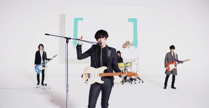 [Alexandros]「Feel like」ミュージックビデオのワンシーン。