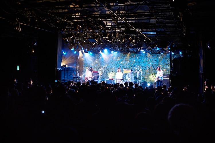 ふくろうず「だって、あなたたちエバーグリーンツアー」渋谷CLUB QUATTRO公演の様子。(撮影:中島未来)