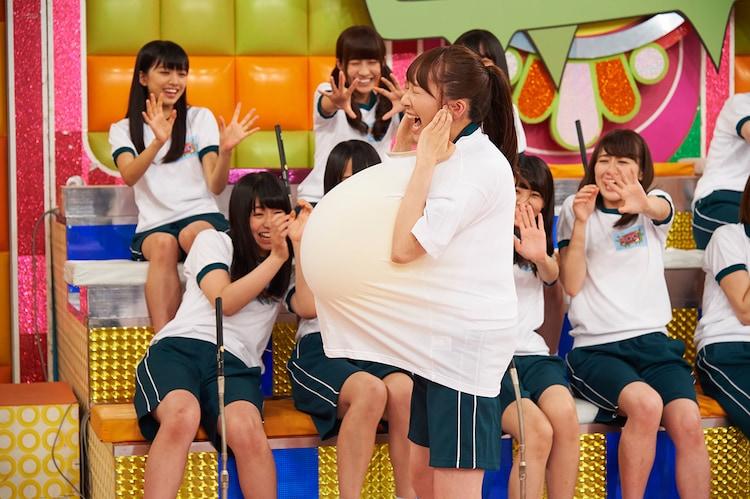 欅坂46「全力!欅坂46バラエティー KEYABINGO!」のワンシーン。
