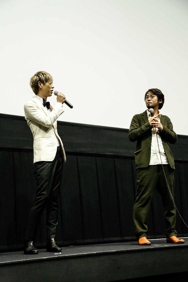 左からMARCY(Dr, Cho)、草野翔吾監督。(撮影:石崎祥子)