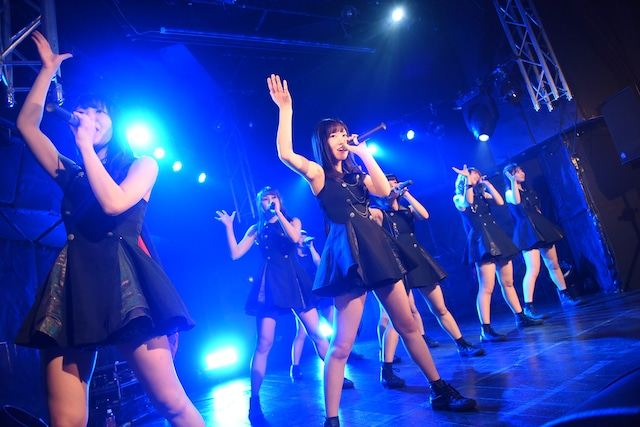 "「MAPLEZ 4th ANNIVERSARY""2nd""LIVE -Eight-」の様子。"