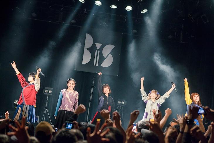 「Re:STUPiD TOUR FiNAL」の様子。(Photo by Kenta Sotobayashi)