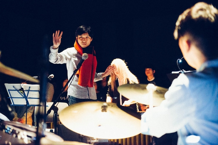 「Shuta Hasunuma Philharmonic Orchestra / Meeting Place」2月26日公演の様子。(撮影:後藤武浩)