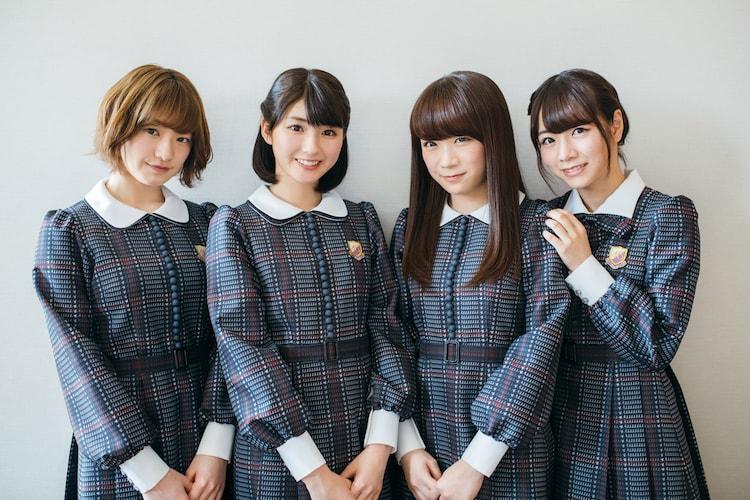 左から中田花奈、井上小百合、秋元真夏、北野日奈子。(写真提供:スペースシャワーネットワーク)