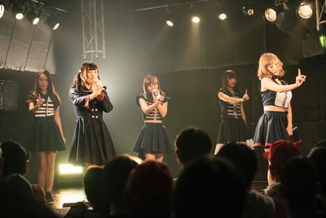 ヲルタナティヴお披露目イベント「ヲルタナティヴ」の様子。