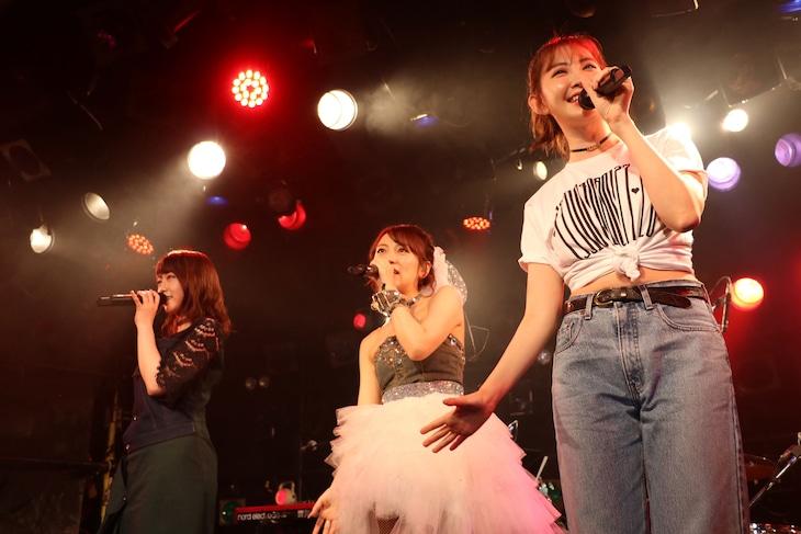 高橋みなみ「Minami Takahashi 26th Birthday Live 2017 ▽199104080127▽26▽」の様子。