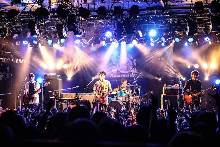 Brian the Sun TOUR 2017「パトスとエートス」大阪・梅田CLUB QUATTRO公演の様子。