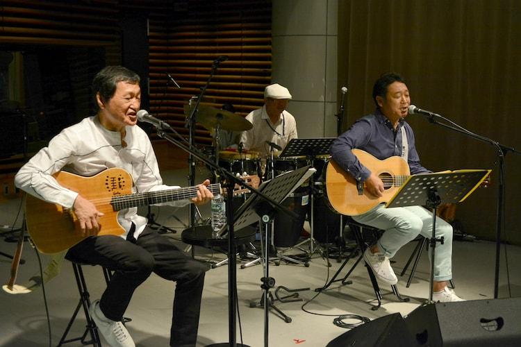 """南佳孝+杉山清貴が出演した「KIRIN BEER """"Good Luck"""" LIVE」の様子。(写真提供:TOKYO FM)"""