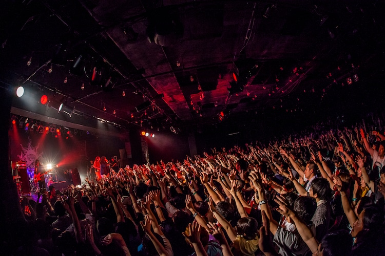 "G-FREAK FACTORY「""FREAKY"" TOUR 2017」東京・LIQUIDROOM公演の様子。(Photo by HayachiN)"