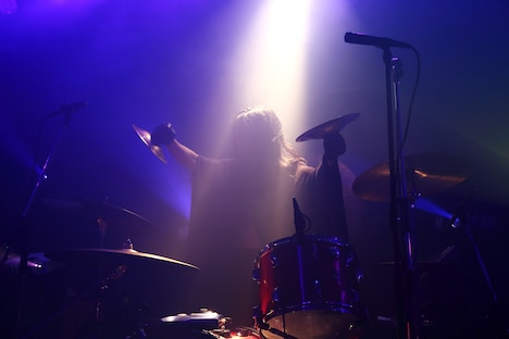 Atsuo(Vo, Dr, Percussion, Electronics)