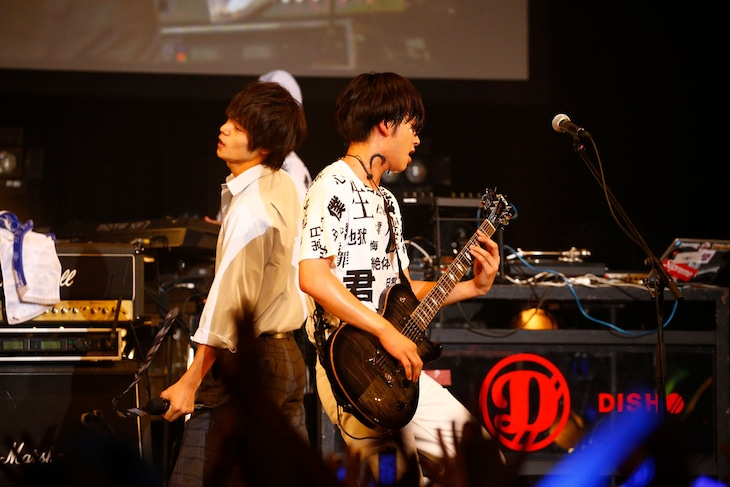 窪田正孝と北村匠海(DISH//)。(写真提供:関西テレビ)