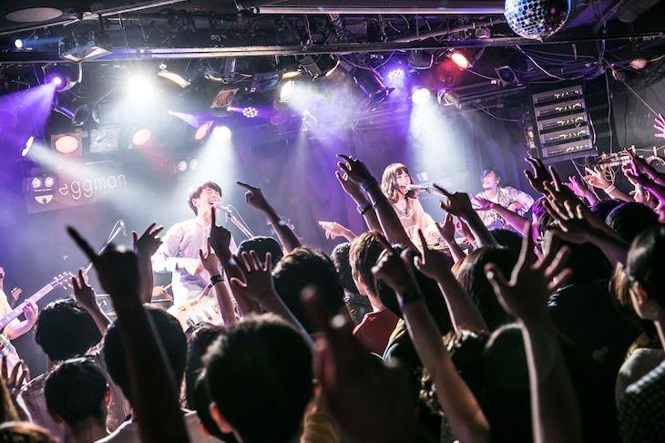 東京カランコロン「夏祭りだよ全員集合!~ニューアルバム全曲披露フリーライブ~」東京・shibuya eggman公演の様子。(撮影:中山優司)