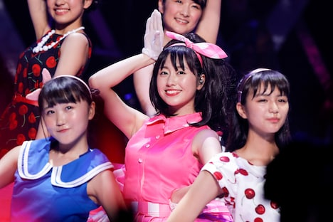 「AYAKA NATION 2017 in 両国国技館」初日公演の様子。(Photo by HAJIME KAMIIISAKA)