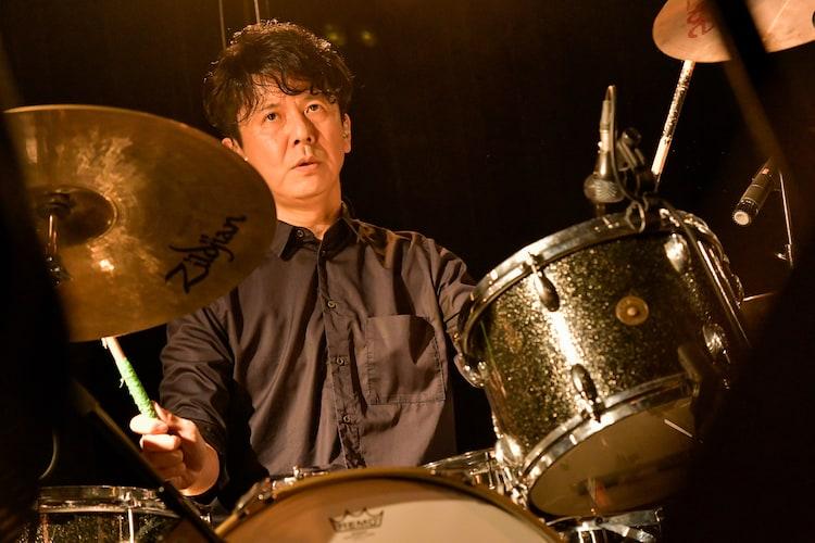 白根賢一(Dr / GREAT3)(Photo by Kazumichi Kokei)