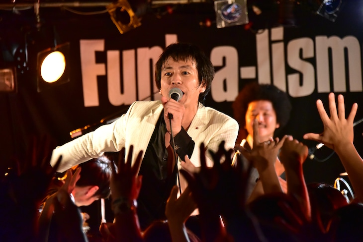「SCOOBIE DO TOUR『Funk-a-lismo! vol.11』」初日の千葉・千葉LOOK公演の様子。