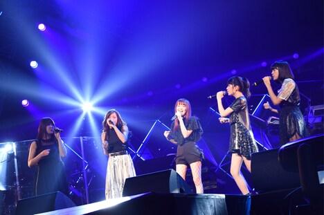 Little Glee Monster (c)テレビ朝日 ドリームフェスティバル 2017 / 写真:岸田哲平