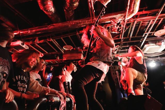 HER NAME IN BLOOD(Yasuharu Sasaki/Red Bull Music Festival)