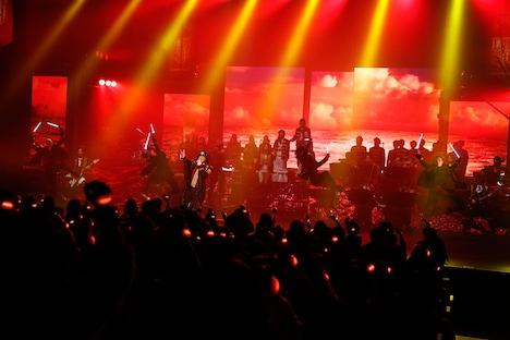 Linked Horizon「Linked Horizon Live Tour 2017 『進撃の軌跡』」最終公演の様子。(撮影:阿部薫)