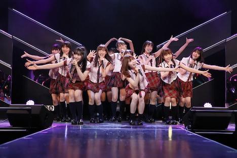 HKT48「HKT48 6フェス ~LOVE&PEACE!ROCK周年だよ、人生は…~」2期生ファンミーティングの様子。(c)AKS