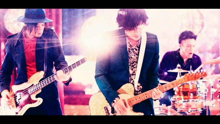back number「ARTIST」ミュージックビデオのワンシーン。