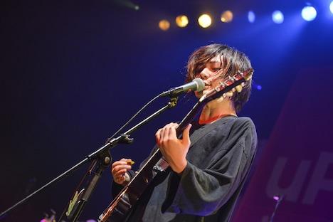 こやまたくや(G, Vo)(Photo by Azusa Takada)