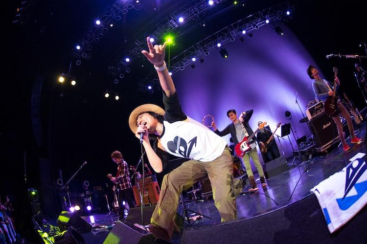 「中村一義デビュー20周年ライブイベント『20→』」の様子。(撮影:田中聖太郎)