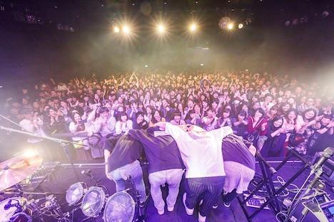 「『Message』発売記念ワンマン・ライブ」の様子。(Photo by Kosuke)