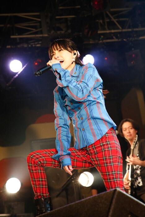 相川七瀬「LIVE TOUR 2018『The Rock Goes On』Birthday Special」の様子。(写真提供:avex)