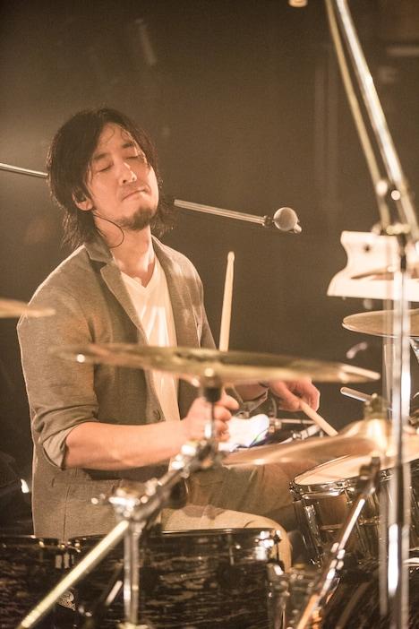 ZAX(Dr)(Photo by Daisuke Ishizaka[Hatos])