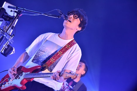 岸田繁(Vo, G / くるり)(Photo by AZUSA TAKADA)