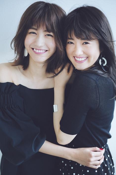 「JJ」専属モデルに起用された土生瑞穂(欅坂46)と樋口日奈(乃木坂46)。