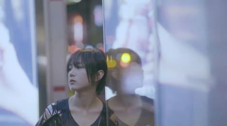 暁月凛「Million Memories」ミュージックビデオのワンシーン。