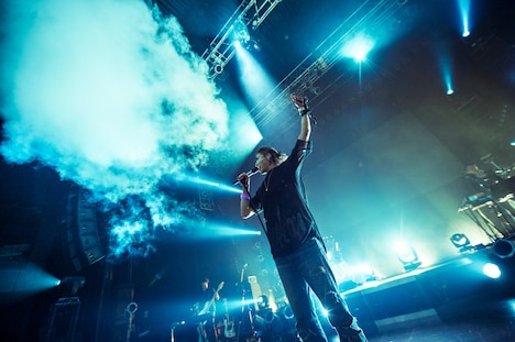 "赤西仁「JIN AKANISHI ""JINDEPENDENCE"" TOUR 2018」東京・Zepp Tokyo公演の様子。(撮影:田中聖太郎)"