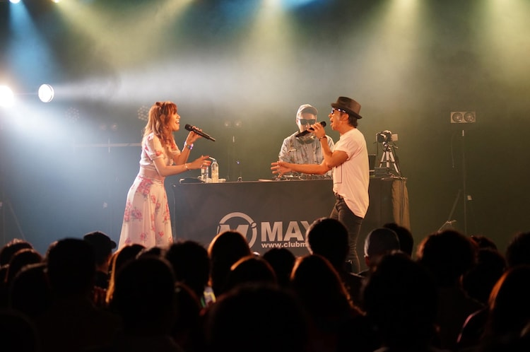"""「MAY'S LIVE TOUR 2018 """"FUN & JOY""""」の最終公演の様子。(Photo by yuri ito)"""